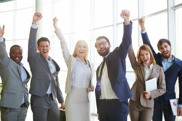 businesspeople-celebrating-success_1098-1996